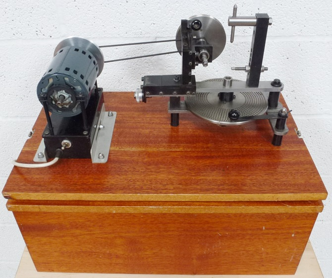CHRONOS WHEEL AND PINION ENGINE